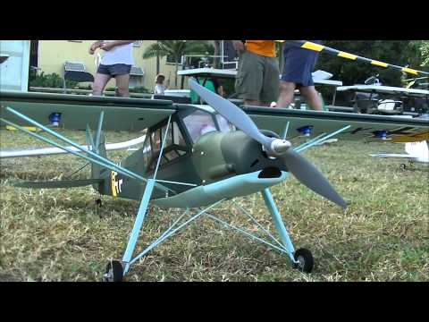 Cairns Minature Helicopter Club Brads RANT F22 Bomb Drop