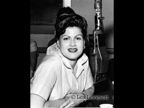 "Patsy Cline.. sings ""The Tennessee Waltz"" live"
