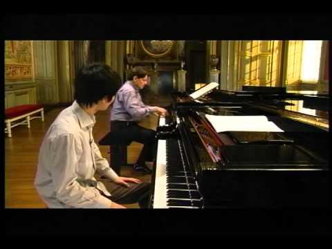 Michel Béroff teaches Debussy La cathédrale engloutie Prelude Ⅰ 1 of 2