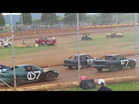 Sunset Speedway New bee heat may 19th