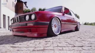 BMW Blog Story - Ciprian Mihai și Cezar Moțoc (E30 stock vs E30 custom)