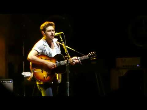 Niall Horan - Fools Gold (One Direction) (West Palm - Last Night of Flicker Tour)