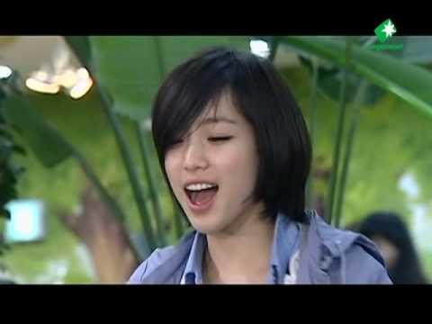 T-ara - Eunjung cute action for Jiyeon