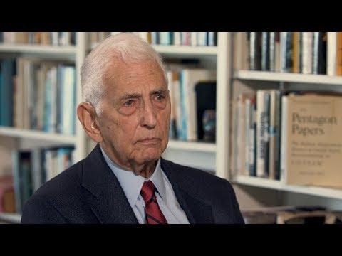 U.S. Refuses to Adopt a Nuclear Weapon No First Use Pledge - Daniel Ellsberg on RAI (7/13)