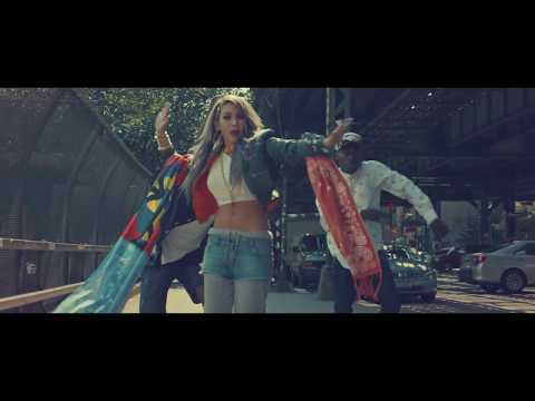 CL - 'LIFTED' M/V