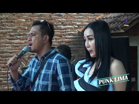 Kandas Voc  Ayu Vaganza Feat P  Lurah MANHATTAN PUNK LIMA Ongol-ongol Kudus 2018