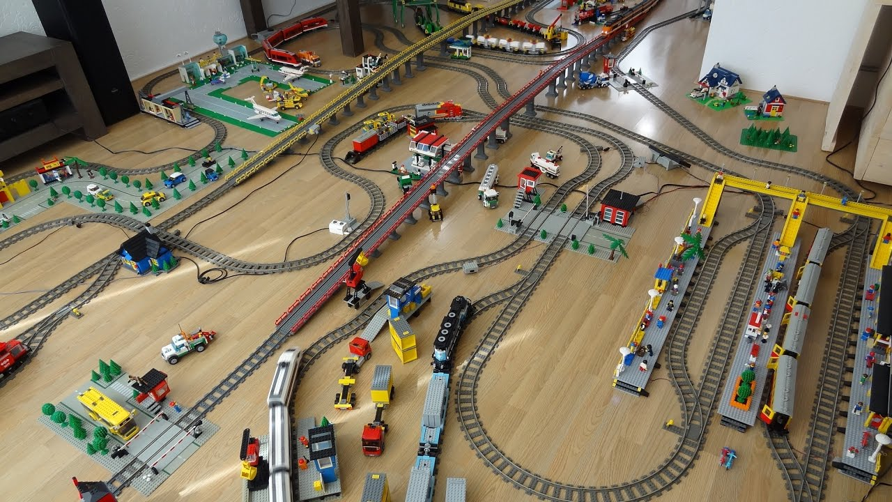 Gigantic Lego Train Layout 2 with 30 years of Lego Train sets with ...