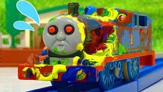 きかんしゃトーマス おばけ電車がペンキまみれ!電車 新幹線 Thomas&friends ghost train Milky Kids Toy