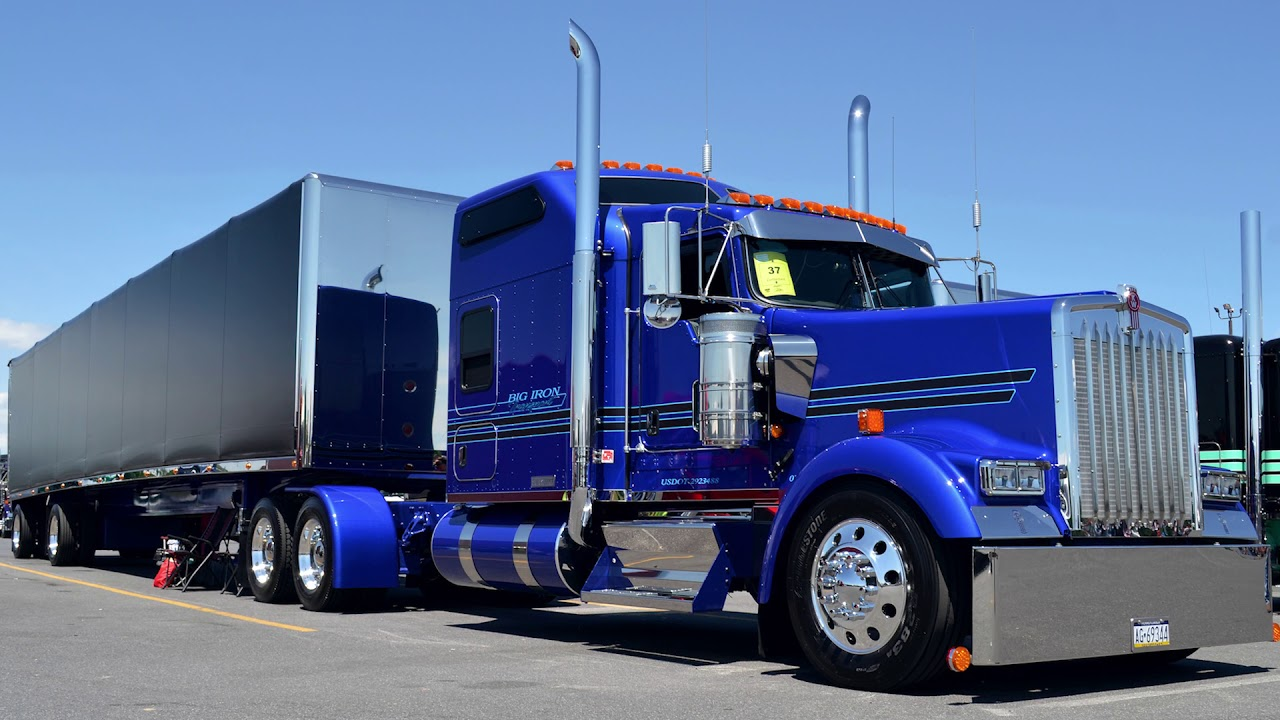 Kenworth W990: What to...