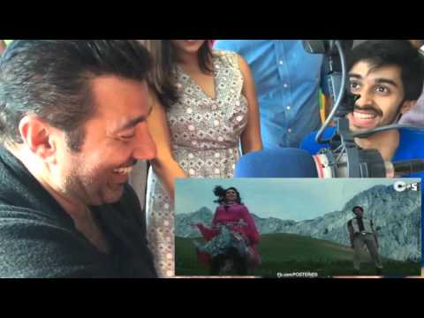 Sunny Deol watching himself dance on EDM | Posteries