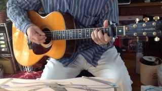 オリジナルキーはFです。私は高い声が出ないので2カポのCで演奏してい...