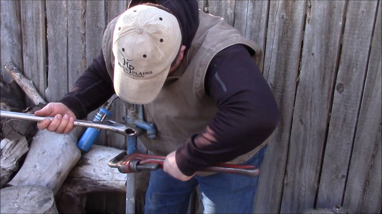 How To Repair An Outdoor Hydrant Youtube