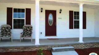 Front Porch Sittin' - Gorgeous 4 Bdrm Ranch Home!!