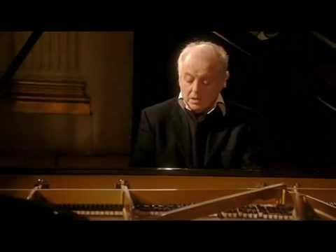 "Barenboim plays Beethoven Sonata No. 4 in E flat Major Op. 7 ""Grand Sonata"", 1st Mov."
