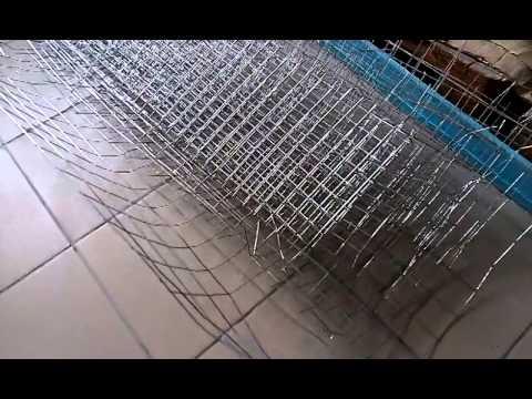 Профнастил это оцинкованный металлический лист, который изготавливается методом холодного проката и покрыт специальным полимерным составом. Внешне он выглядит как гофрированный металлический лист, что придает ему жесткость. Замечательные достоинства профнастила: доступная.