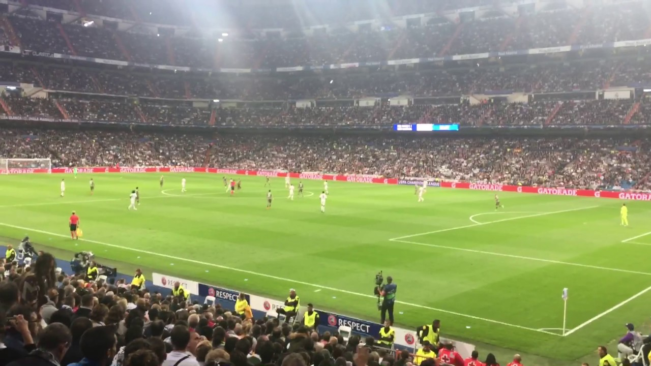 "Download Legia Warsaw Fans at Santiago Bernabeu Stadium singing ""Nie poddawaj sie ukochana ma""."
