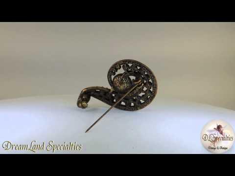 Lia Sophia Vintage Jewelry Rhinestone Brooch Elegant and Stunning Color