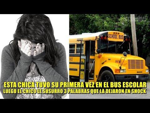Chica tiene su primera vez en el bus: luego el chico se acerca y susurra 3 palabras que la congelan.
