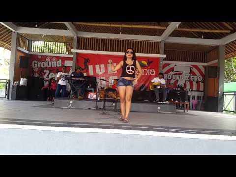 Frida Angella konser at Tirtania waterpark