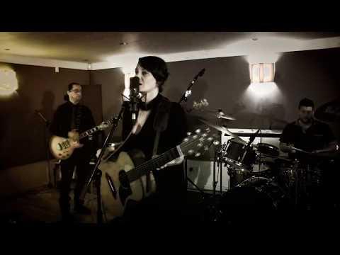 Sophie Barker - Start Me Live Video