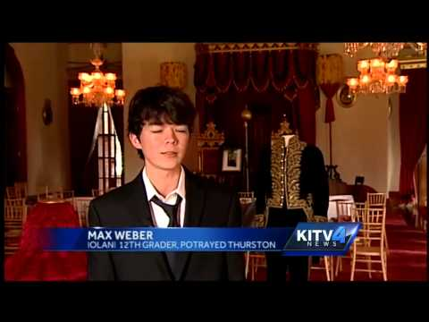 Students turn Iolani Palace into courtroom for overthrow trial reenactment