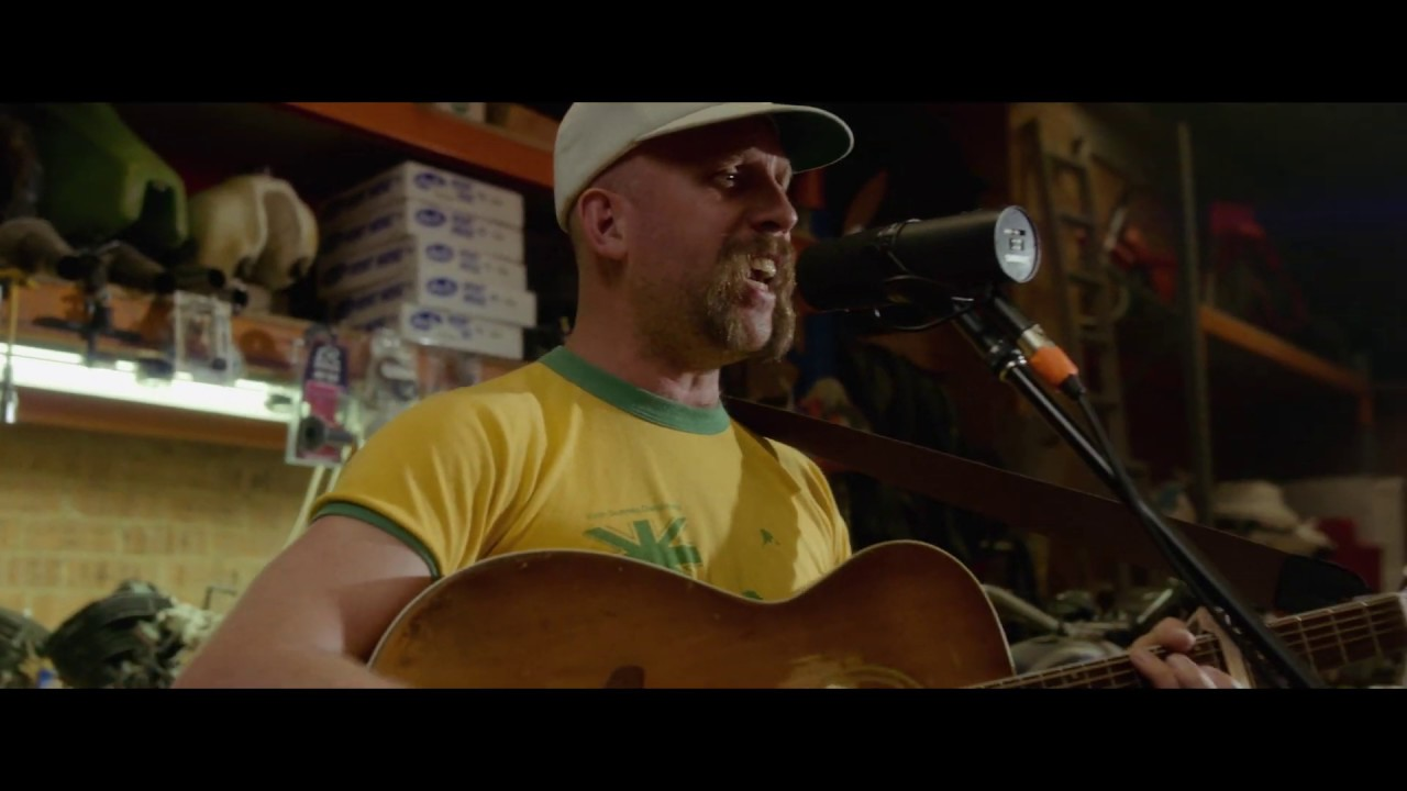 Andy Golledge - Run To The River (Live)