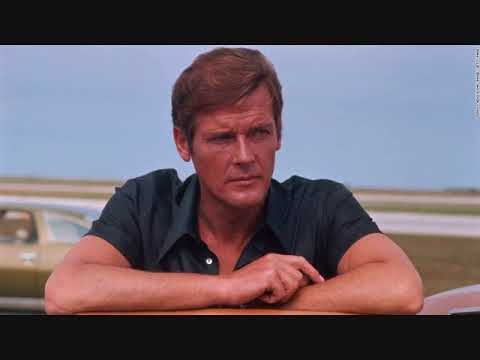 Roger Moore Interview 007