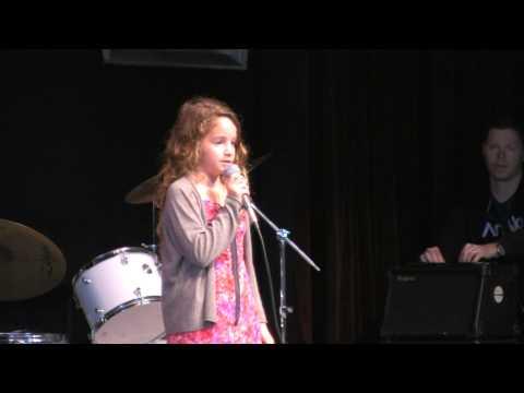 Hannah Hoberman Singing