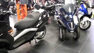 VESPA PIAGGIO MP 3  LT 250 - 400 3 wheeled scooters