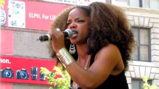 Leela James, Music & Miss You, City Hall Park, NYC 8-28-10