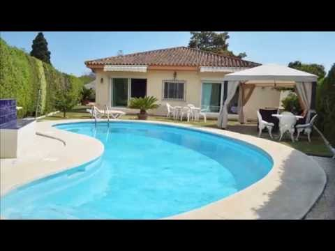 Beachside villa for rent in Casablanca, Marbella