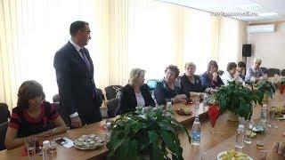 Почетных граждан Ревды попросили проводить уроки в День знаний
