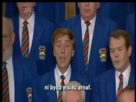 Cor Meibion Ystradgynlais Male Choir sing Salm 23