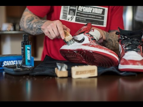 Cleaning Jordan Chicago 1's with Reshoevn8r's quick clean method