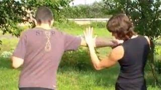 Уроки самообороны: перенаправление удара