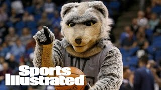Karl Towns Sr. Considering A Lawsuit Against The Wolves & Team Mascot | SI Wire | Sports Illustrated