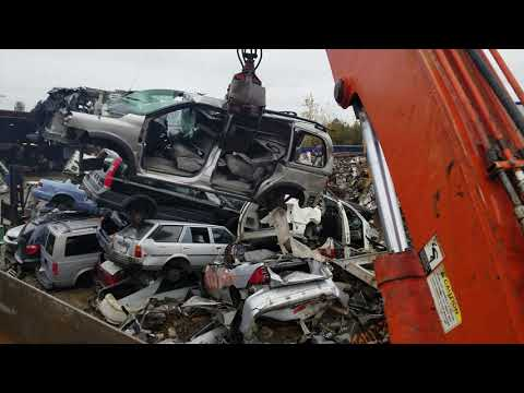 Car Crusher crushing cars