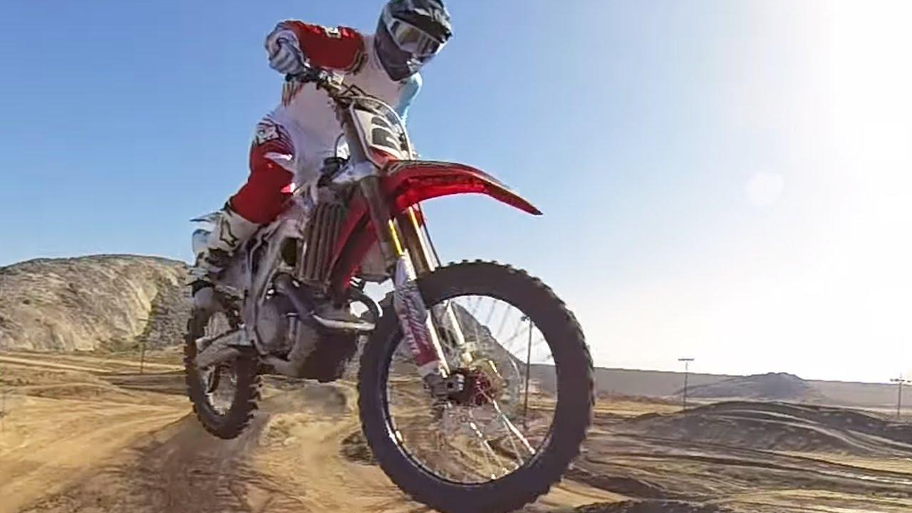 Jeremy Mcgrath Intros The New Razor Sx500 Mini Electric Kids Dirt