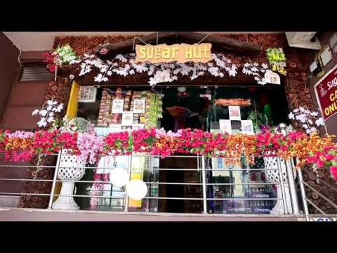 Lattas Sugar Hut Bakery & Cafe