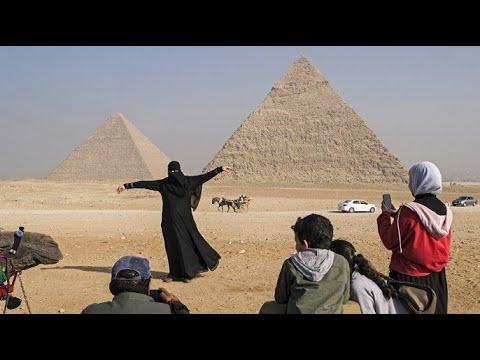 مصر تطلق مشروع العجلة الدوارة -عين القاهرة- السياحي  - نشر قبل 8 ساعة