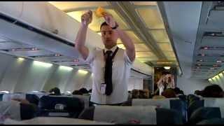 Blue Air masurile de siguranta - safety demo pentru pasageri