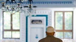 A leading German politician says the countrys mosques should come under state control