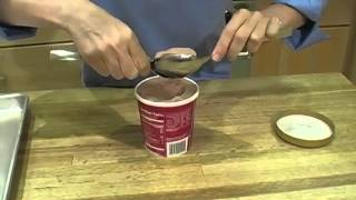 How to Shape an Ice Cream Quenelle.flv