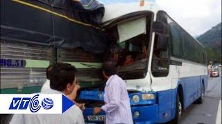 Dựng hiện trường xe tải 'dìu' xe khách mất phanh | VTC