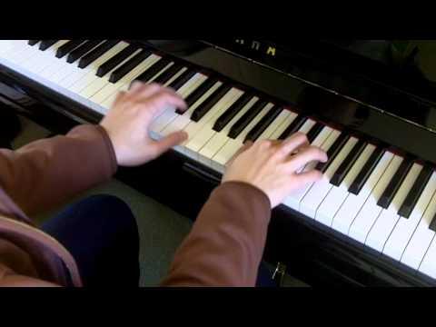 ABRSM Piano 2013-2014 Grade 3 B:3 B3 Schubert German Dance in A D.972 No.3 Slow Demo