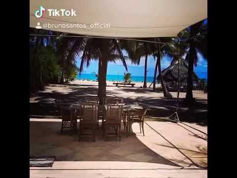 Lunch time! Enjoy the view! Hora do almoço, aproveite a vista.
