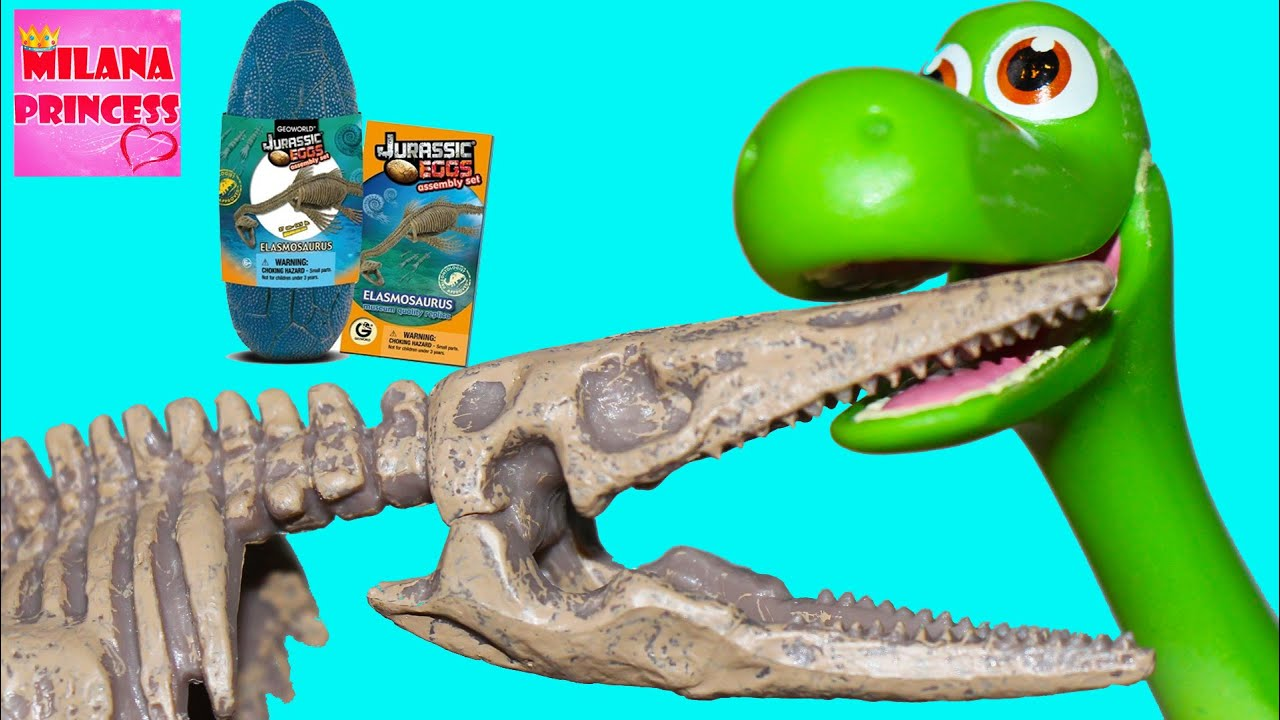 Открываем яйцо динозавра Jurassic EGGS Geoworld.