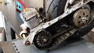Diagnostic à la fumée sur un 2 temps scooter 50cc Booster
