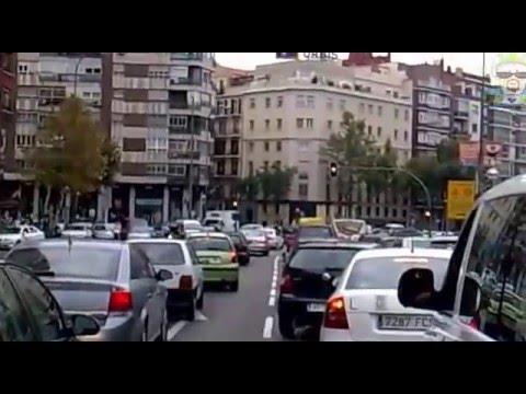 UVI del SUMMA 112 Cruzando Madrid de Avenida de América al Hospital Clínico en Hora Punta