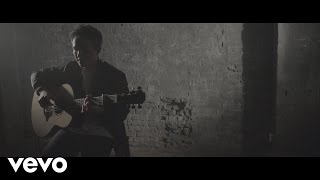 Leo Stannard - Close to the Wire (Acoustic)